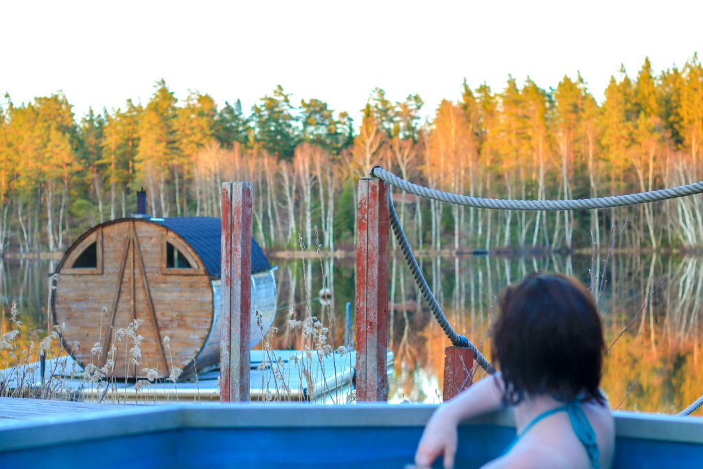 sauna swim spa hot tub lake odevata emmaboda sweden