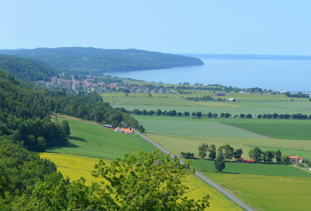 beautiful road trip routes in Sweden